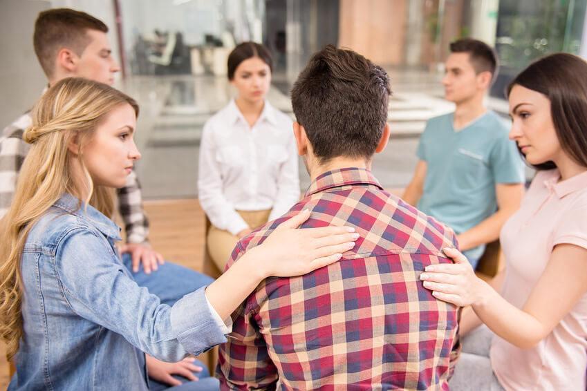 Blog - Terapia de grupo para adolescentes conflictivos - Atiempo Adicciones Madrid