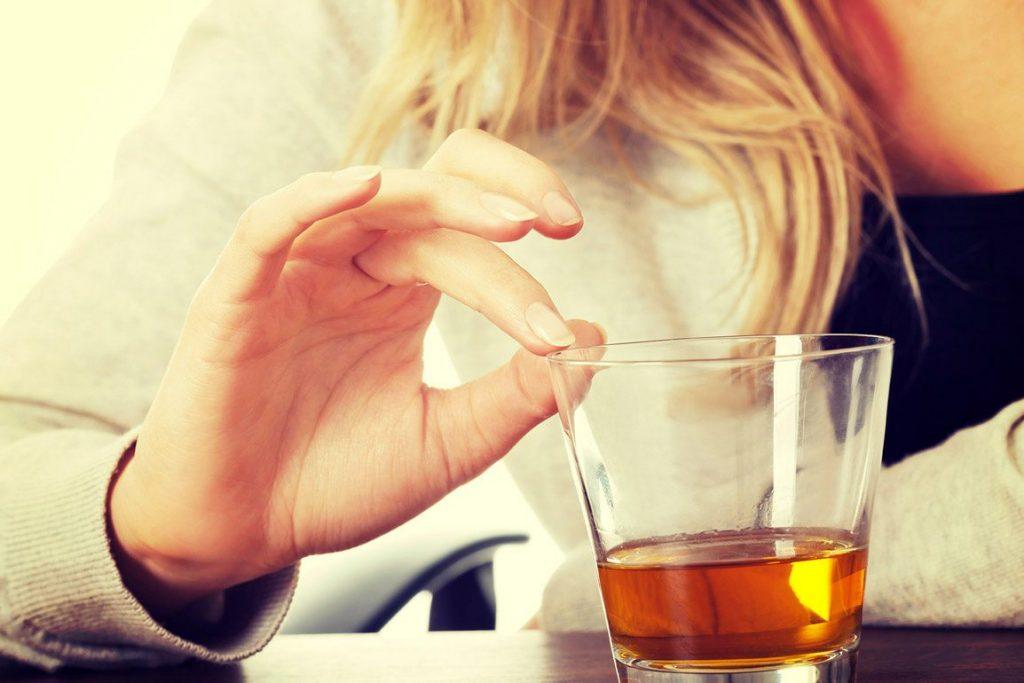 Terapia segura de desintoxicación del alcohol - Atiempo Adicciones